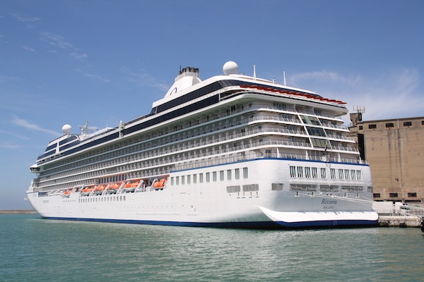 Cruise Line Orders Two New $650 Million Ships