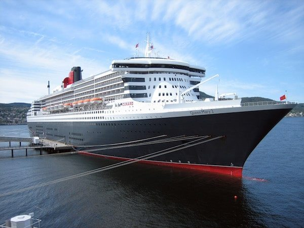 Cunard Commemorates Service of WWII Veterans