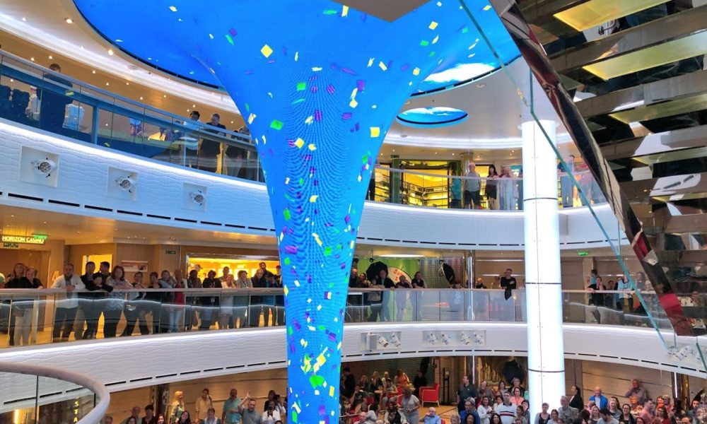 12 Differences Between Carnival Horizon and Carnival Vista