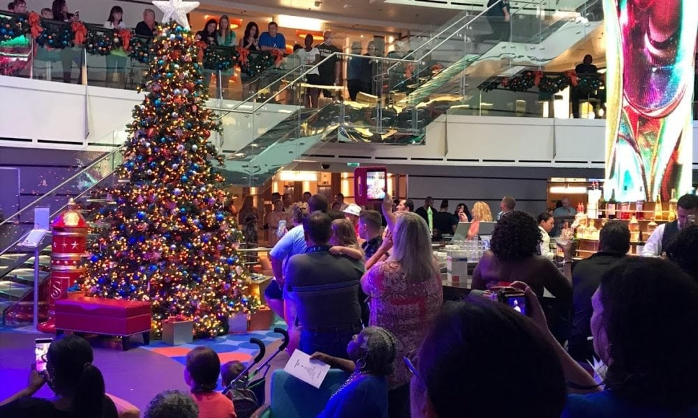 Carnival Cruise Line's 2018 Holiday Decoration Schedule