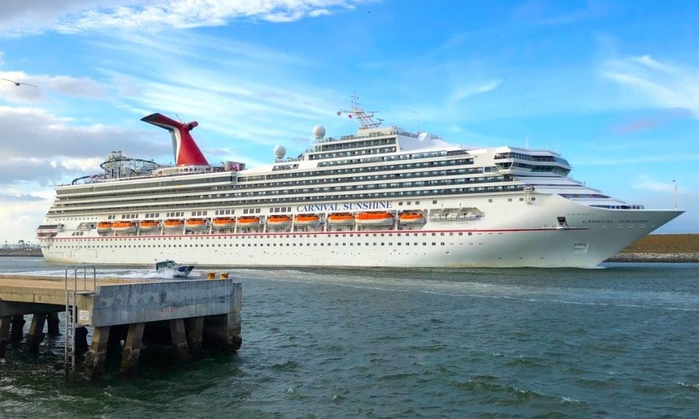 How Carnival Cruise Line Could Score Big With Solo Cruisers