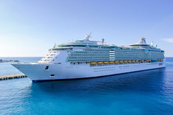 Freedom of the Seas Review 2019 + News