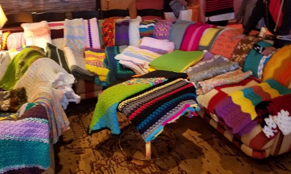 Cruisers Create Hundreds Of Blankets For Project Linus