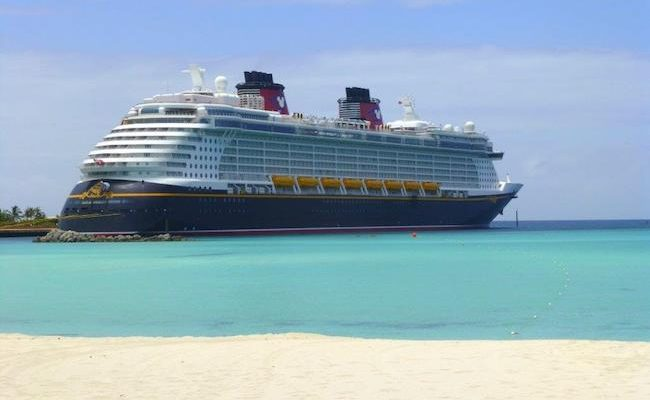 Disney Fantasy Review 2019 + News