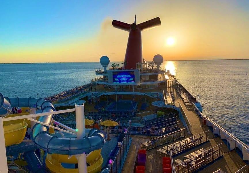 Why We Cruise Wednesday: Sunsets