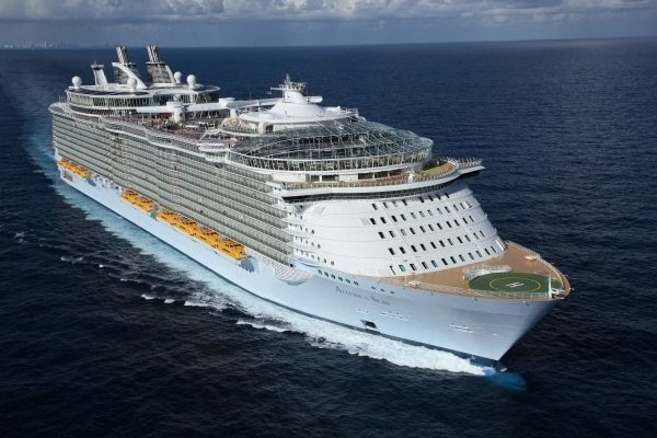 Allure of the Seas 2019 Review + News