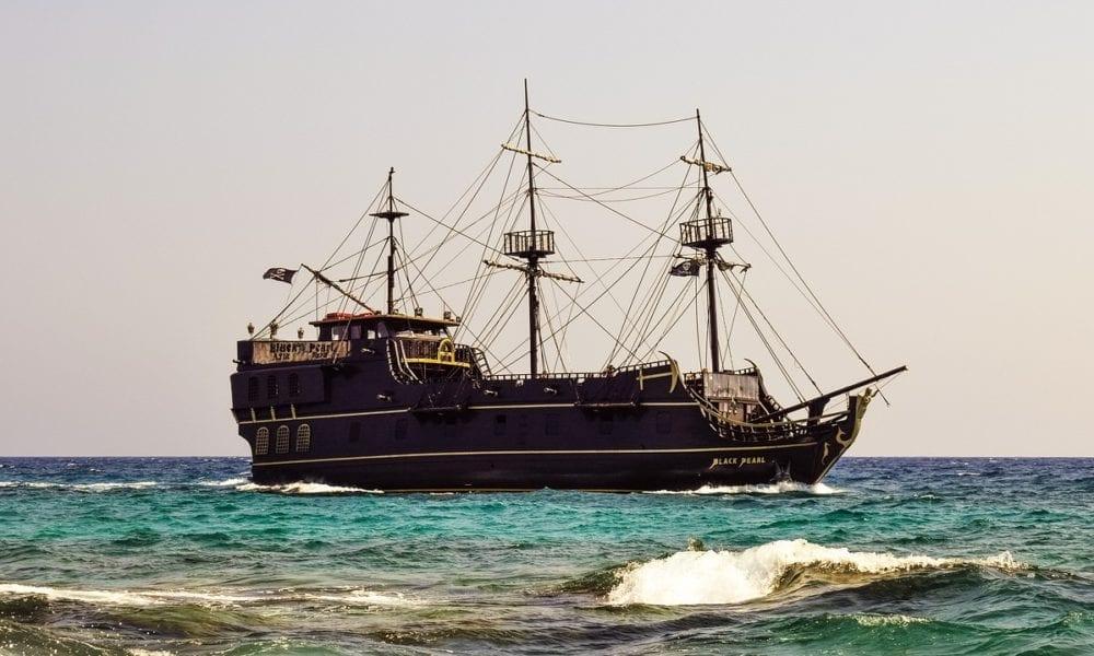 Cruise Ship Captain Takes Down Internet Troll