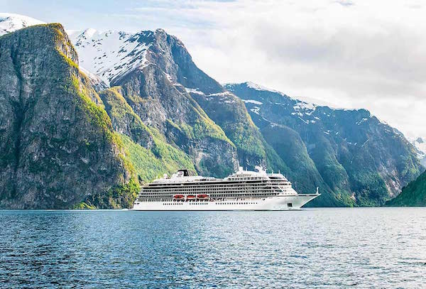 Viking Cruises Taps Retired Vice Admiral as Chief Health Officer