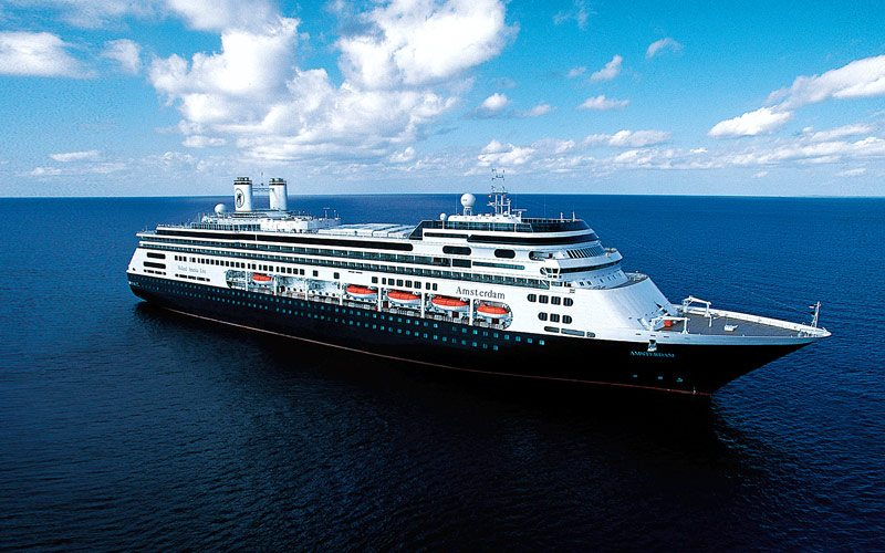 Holland America Wins 24 Travel Weekly Awards