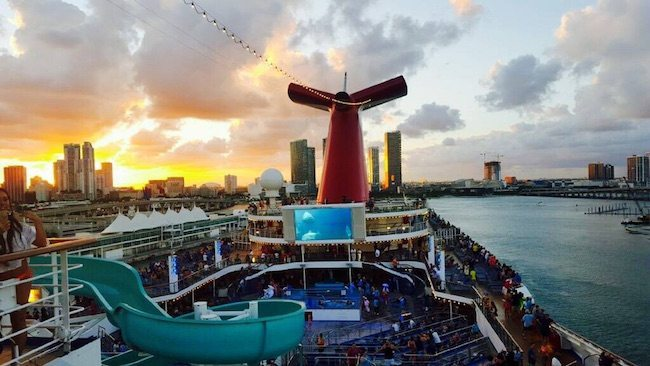 Why Are Cruises To Nowhere Illegal in the USA?