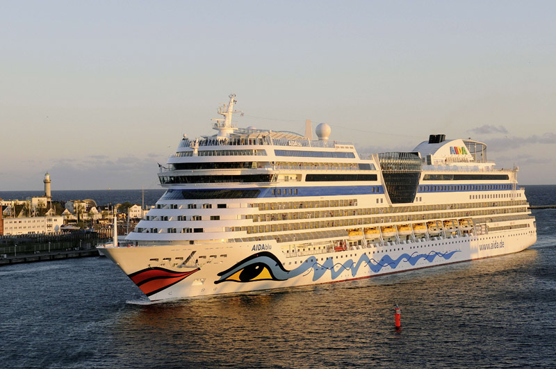 Carnival European Brand Sides on Caution, Pauses Sailings